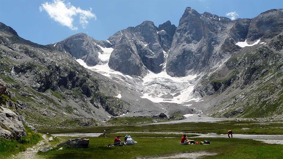 Randonnée Sportive - Sommets Prestigieux - Bureau des Guides Pyrénées Ariège - 1