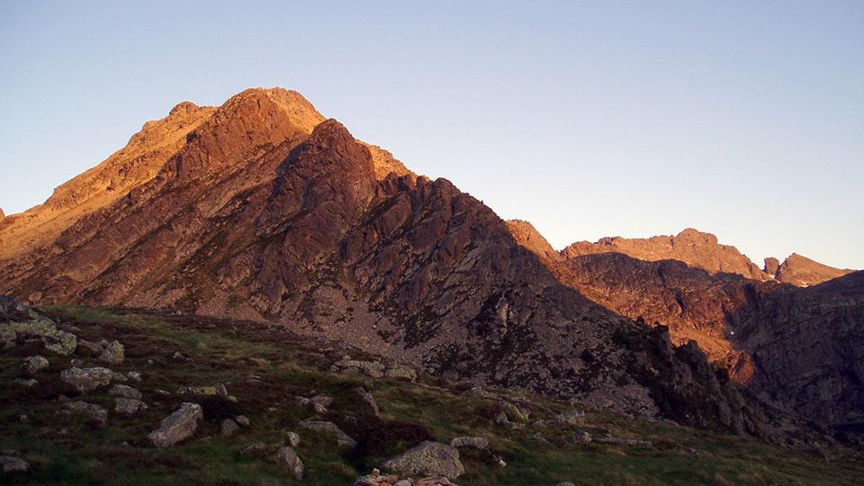 Randonnée Sportive - Sommets Prestigieux - Pic du Rulhe - Bureau des Guides Pyrénées Ariège - 1