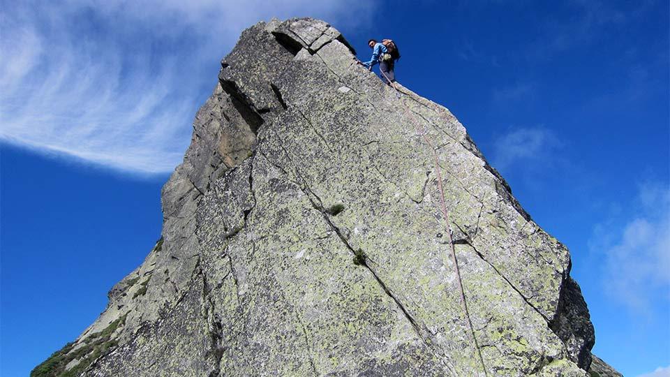 Escalade - Dent d'Orlu - Le mythe : Les enfants de la Dalle - Course - Bureau des Guides des Pyrénées Ariégeoises - 5