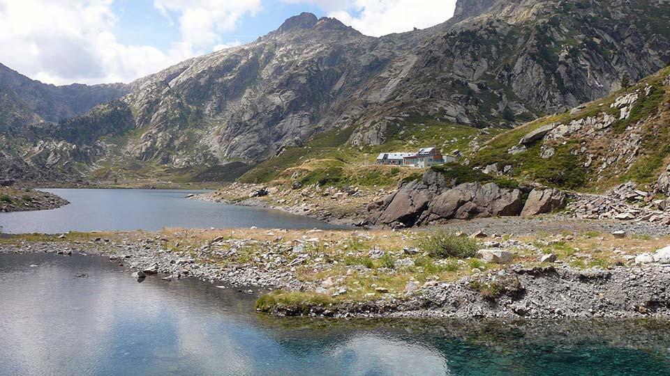 Randonnée - Rando des lacs - Lac d'En Beys -Estives - Montagne - Bureau des guides Ariège Pyrénées - 2
