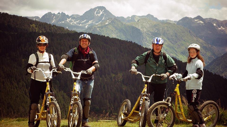Arapaho-Beille-Descente-Famille-Bureau-Guides-Ariege-Pyrenees1