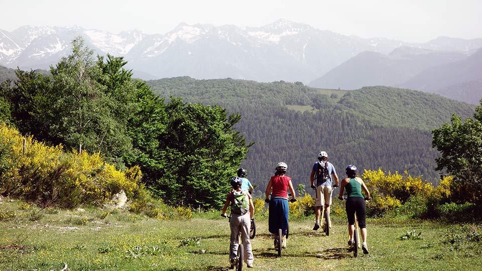 Arapaho-Famille-Descente-Luzenac-Bureau-Guides-Ariege-Pyrenees4