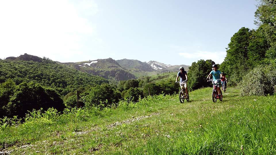 Arapaho-Famille-Descente-Luzenac-Bureau-Guides-Ariege-Pyrenees6