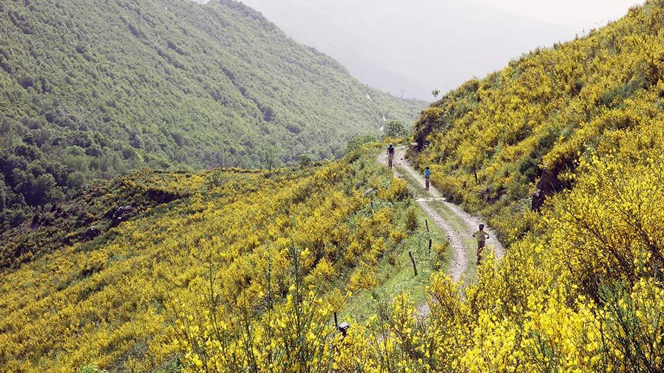 Arapaho-Famille-Descente-Luzenac-Bureau-Guides-Ariege-Pyrenees9