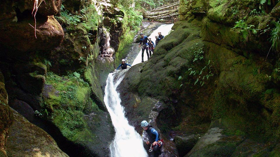 Canyon-Escales-Bureau-des-Guides-Ariege-Pyrenees-4