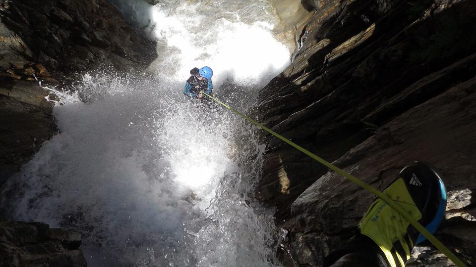 Canyon-Estat-Bureau-des-Guides-Ariege-Pyrenees-2