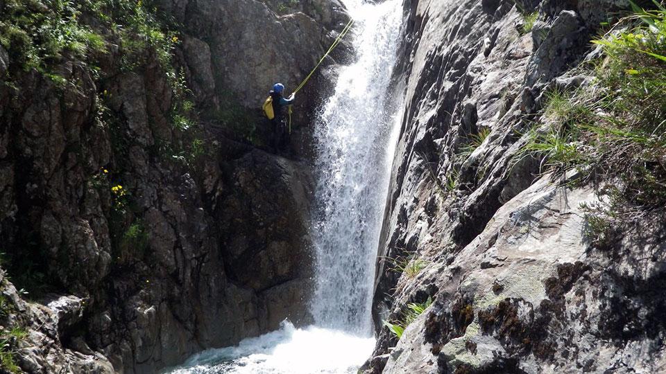 Canyon-Estat-Bureau-des-Guides-Ariege-Pyrenees-3