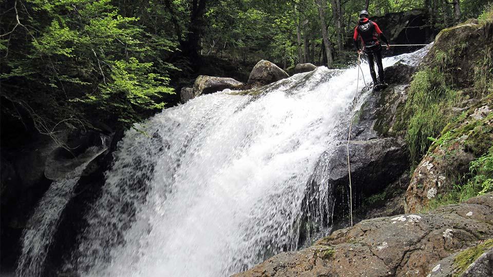 Canyon-Orlu-Bureau-des-Guides-Ariège-Pyrénées-1
