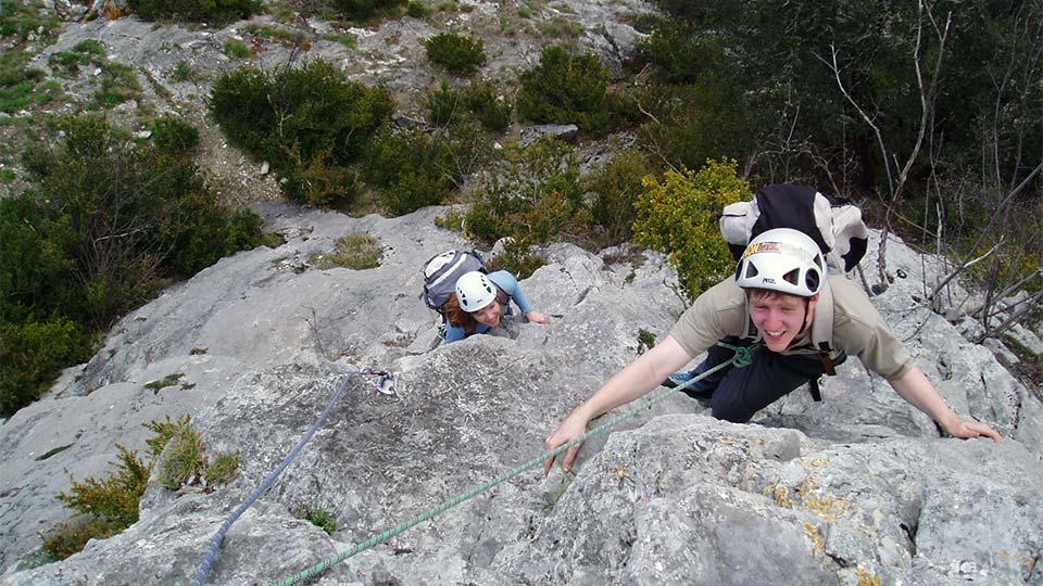 Escalade-Longue-Grande-Voie-Bureau-Guides-Pyrenees-Ariege-3