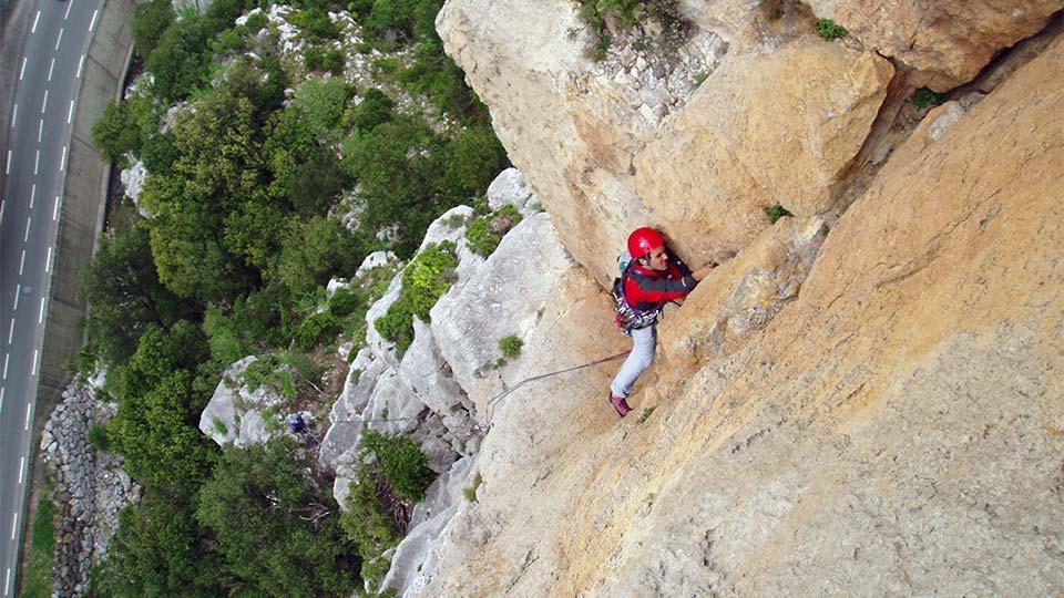 Escalade-Longue-Grande-Voie-Bureau-Guides-Pyrenees-Ariege-4