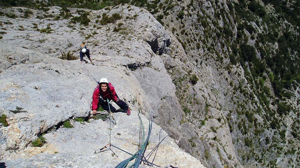 Escalade-Longue-Grande-Voie-Bureau-Guides-Pyrenees-Ariege-6