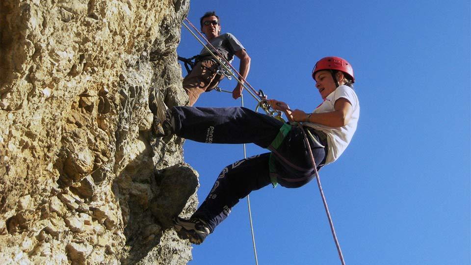 Escalade-Rocher-Falaise-Bureau-Guides-Ariege-Pyrenees-2