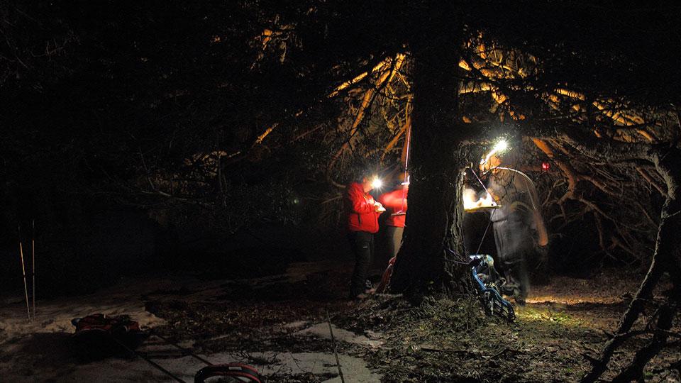 Apéro nocturne en raquette avec le Bureau des Guides des Pyrénées ariégeoises