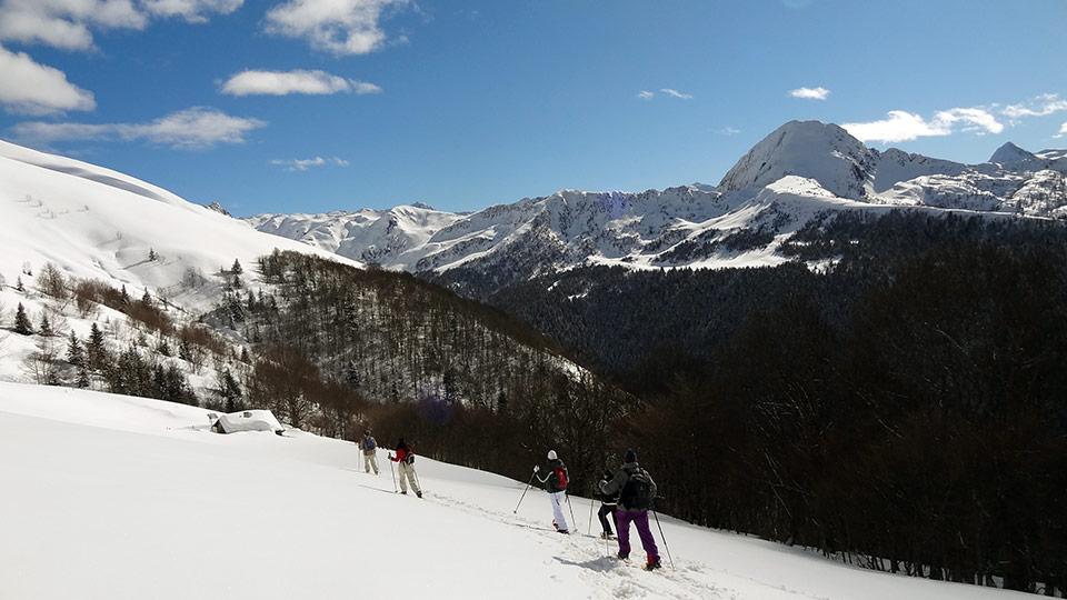 Raquettes-descente-Ascou-Bureau-Guides-Ariege-Pyrenees-6