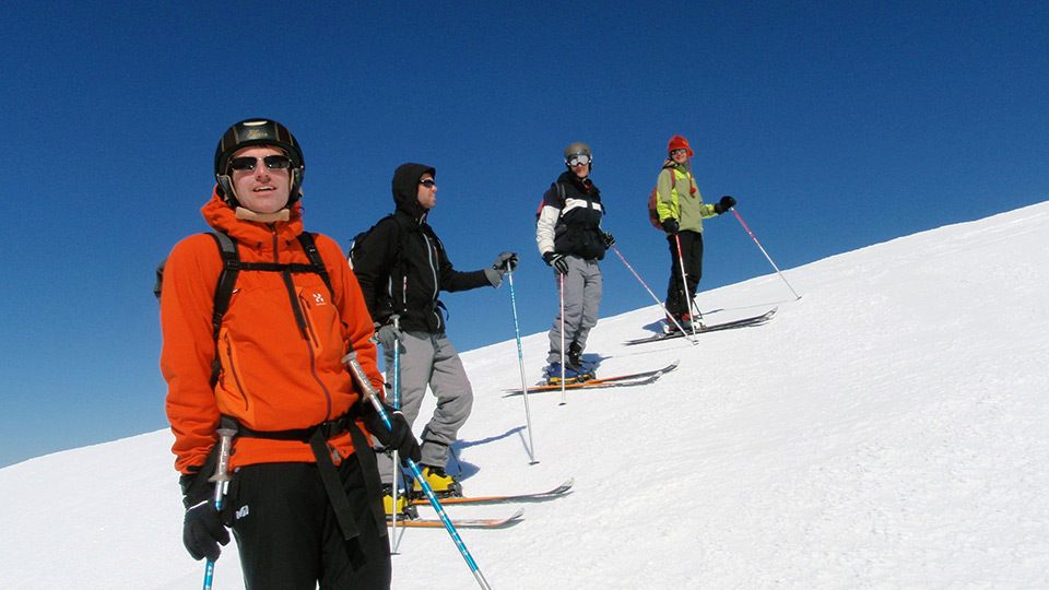 Ski-Randonnee-Initiation-Bureau-Guides-Ariege-Pyrenees-3