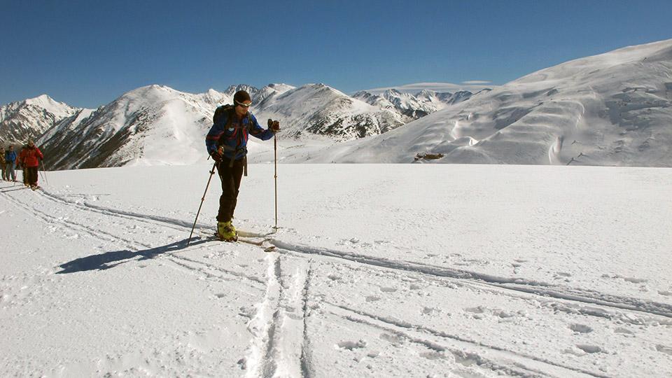 Ski-Randonnee-Pedrons-Bureau-Guides-Ariege-Pyrenees-1
