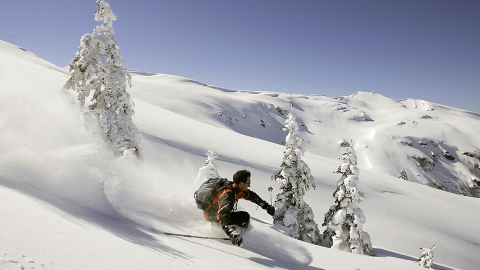 Ski-hors-piste-freeride-Bureau-Guides-Ariege-Pyrenees-2