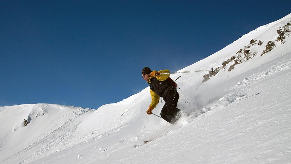 Ski-hors-piste-freeride-Bureau-Guides-Ariege-Pyrenees-4