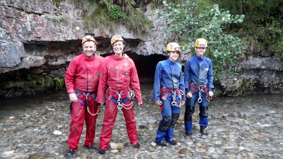 Spéléologie - Vicdessos avec les puits - Bureau des Guides Ariège Pyrénées - 3