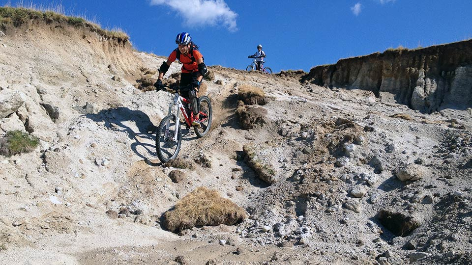 VTT de Montagne - Traversée et descente du Plateau de Beille - Bureau des Guides Ariège Pyrénées