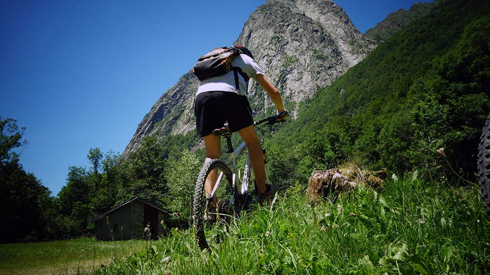 VTT de montagne - Initiation - Bureau des guides des Pyrénées Ariégeoises