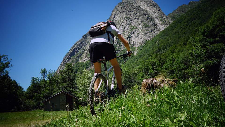 VTT-Montagne-Descente-Initiation-Orlu-Bureau-Guides-Ariege-Pyrenees-3