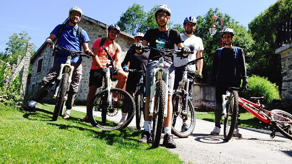 Vtt montagne descentes bureau guide ariege pyrenees 10 for Bureau pyrenees
