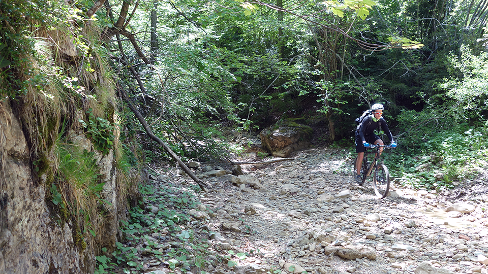 VTT-orlu-guides-ariege-pyrenees-ax-les-thermes-2