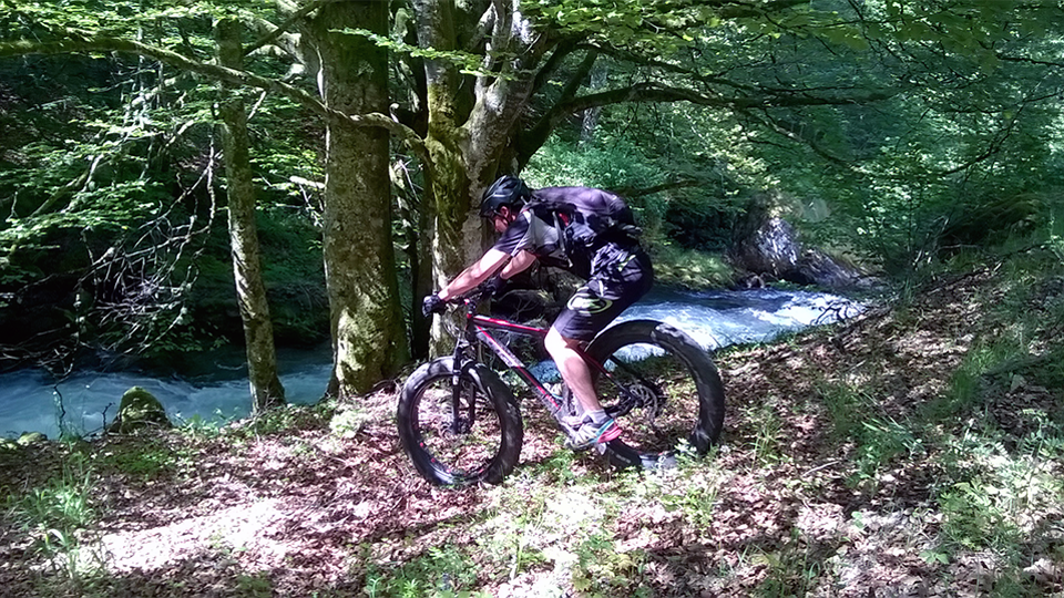 VTT-orlu-guides-ariege-pyrenees-ax-les-thermes