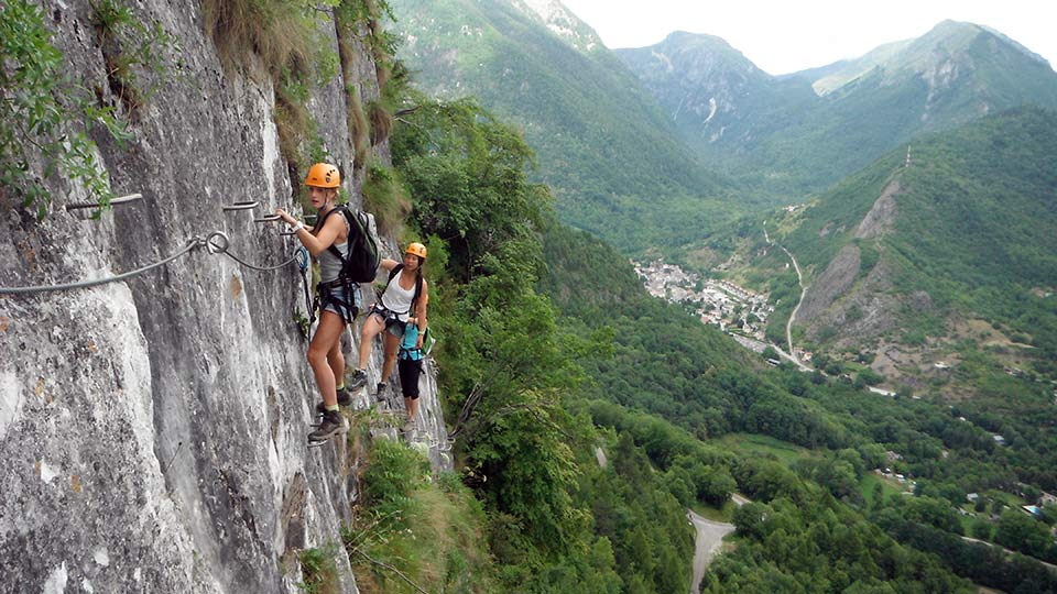 via ferrata face nord bureau guides ariege pyrenees 11