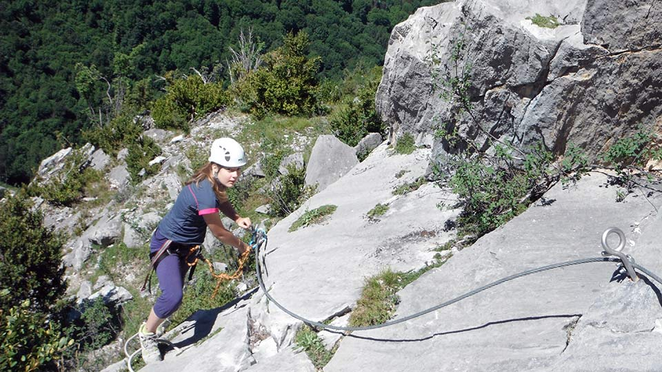 Via-Ferrata-Sud-Initiation-Bureau-Guides-Ariege-Pyrenees-4