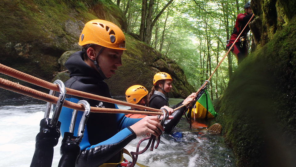 canyon-escales-guides-ariege-pyrenees