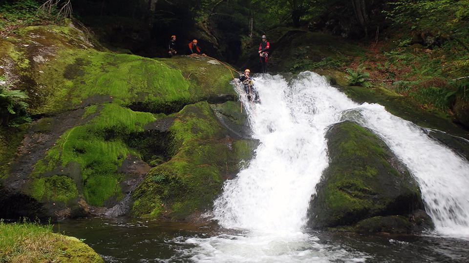 canyon-escales-vicdessos-guides-ariege-pyrenees