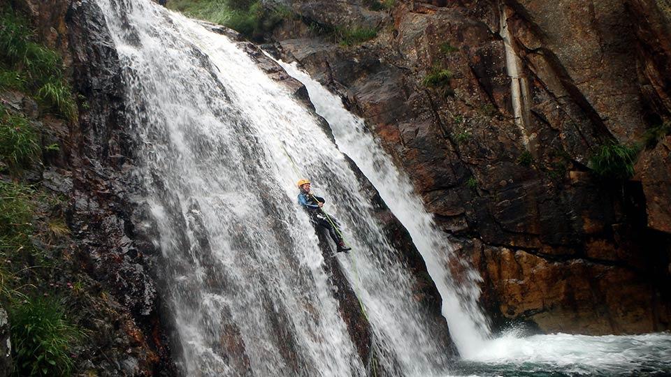 Canyoning - Canyon de l'Artigue - Bureau des Guides Ariège Pyrénées