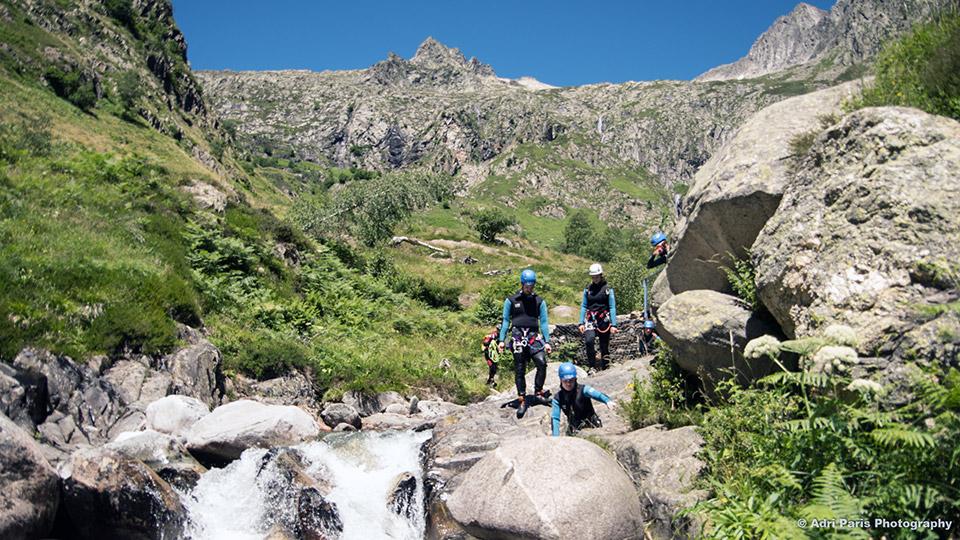 Canyon-de-l'Artigue-Pied-des-3000-Bureau-des-Guides-Ariege-Pyrenees