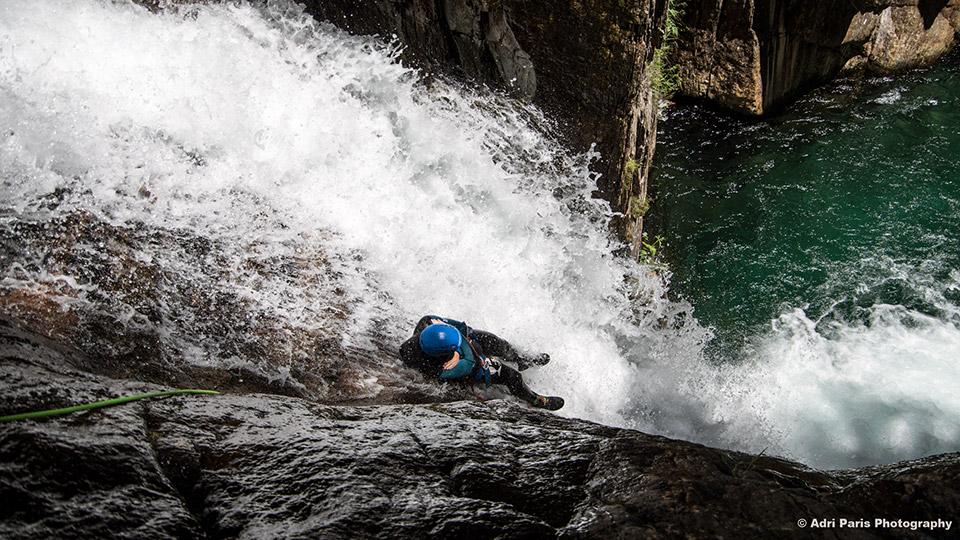 Canyon-de-l'Artigue-Toboggan-Bureau-des-Guides-Ariege-Pyrenees-1
