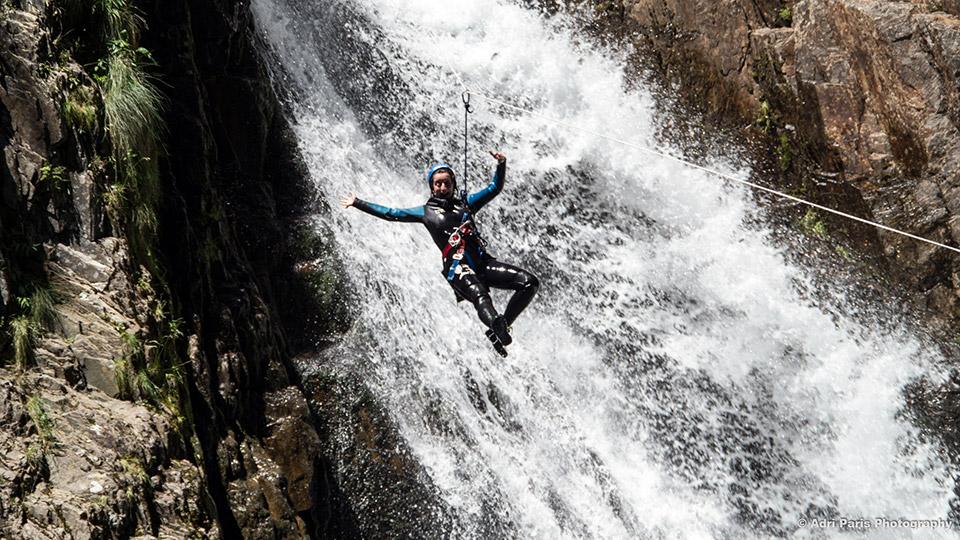 Canyon-de-l'Artigue-Tyrolienne-Bureau-des-Guides-Ariege-Pyrenees-1