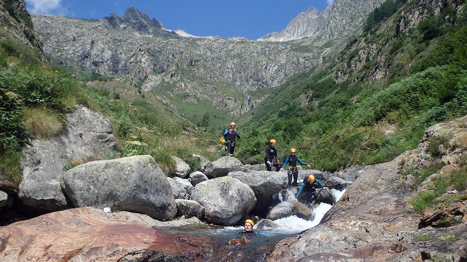 Canyon-de-l'Artigue-glissade-Bureau-des-Guides-Ariege-Pyrenees-3