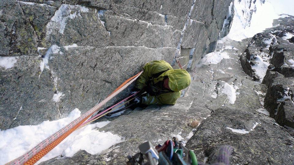 Alpinisme Hiver - Couloirs et goulottes des Pyrénées - Bureau des Guides des Prénées Ariégeoises - 2