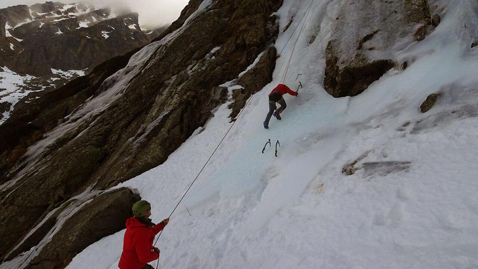 cascade-rulhe-bureau-guides-ariege-pyrenees-2