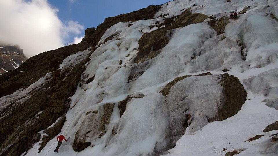 cascade-rulhe-bureau-guides-ariege-pyrenees-3