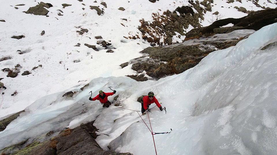 cascade-rulhe-bureau-guides-ariege-pyrenees-7