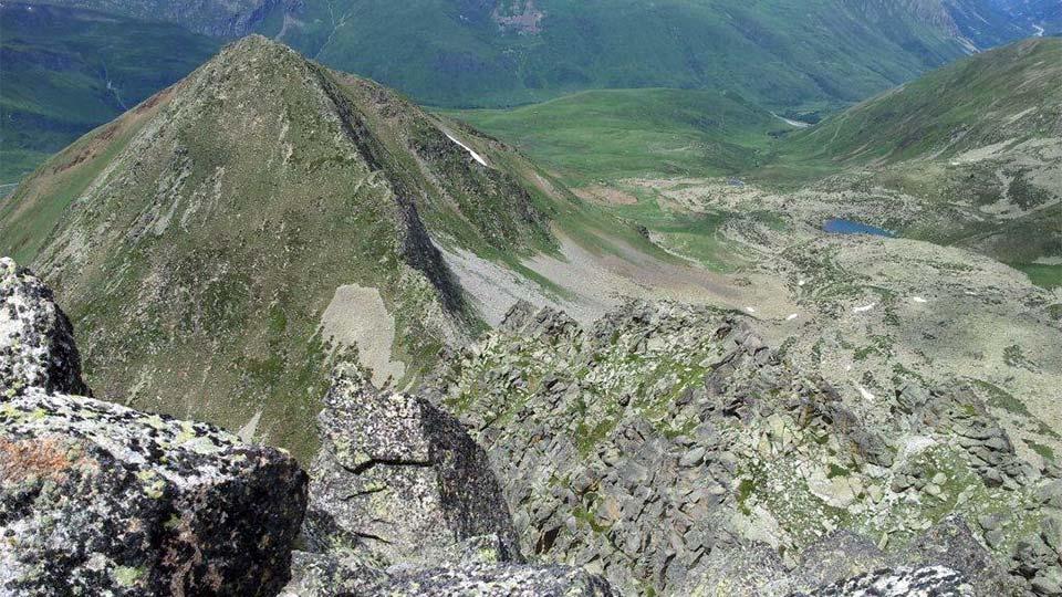 Alpinisme été - La Haute Montagne tout en douceur - Arête Gentianes - Bureau des Guides Ariège Pyrénées - 1