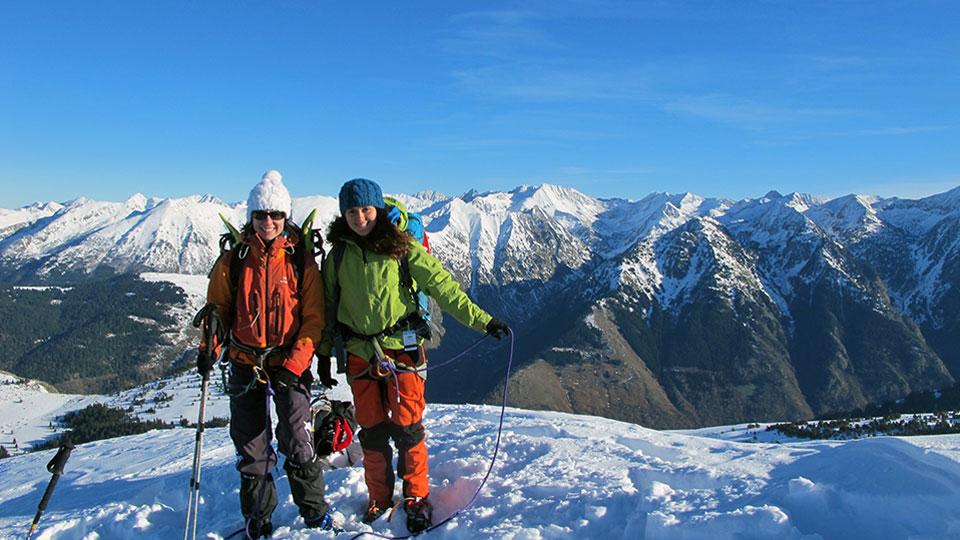 Alpinisme Hiver - Mes premiers pas d'alpiniste à Ax 3 Domaines - Bureau des Guides Ariège Pyrénées - 1