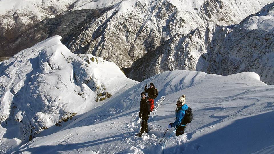Alpinisme Hiver - Raquette Alpinisme Sommet - Bureau des Guides Ariège Pyrénées - 6