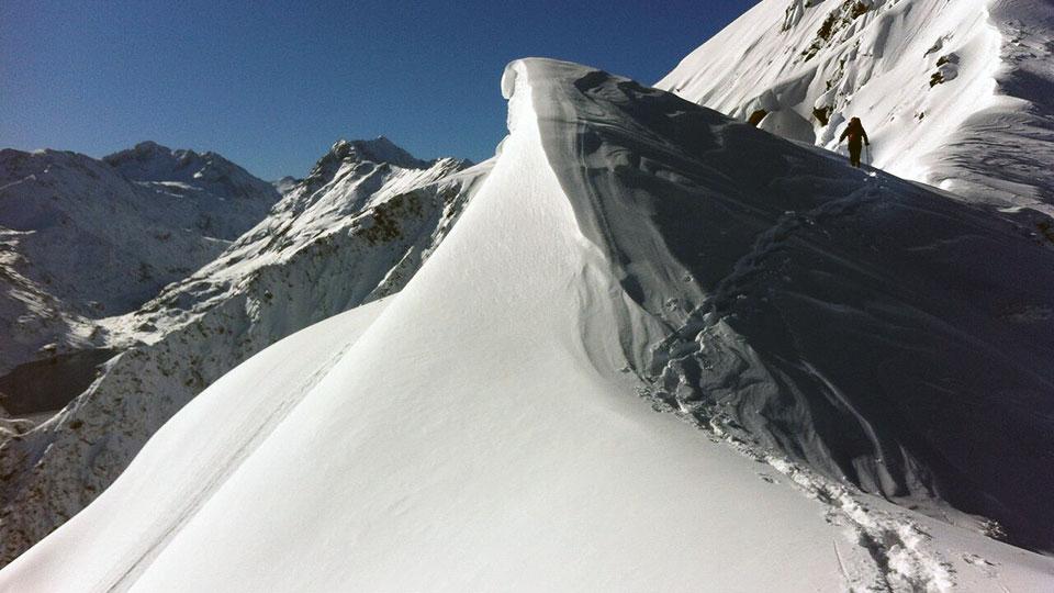 Alpinisme Hiver - Raquette Alpinisme Sommet - Bureau des Guides Ariège Pyrénées - 7