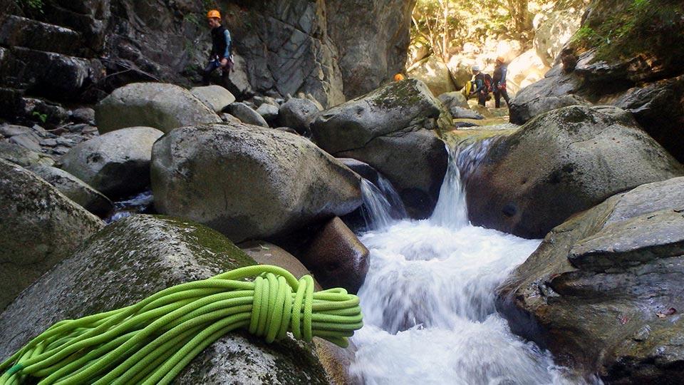 Canyoning Canyon de Marc - Bureau des Guides Ariège Pyrénées