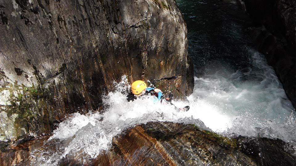 Canyon de Marc - Toboggan - Bureau des Guides Ariège Pyrénées - 1