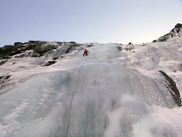 cascade-glace-ariege-rulhe-guides-ariege