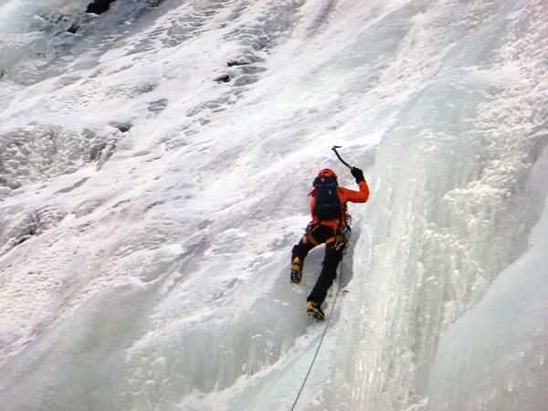 cascade-glace-ariege-rulhe-guides-ariege2
